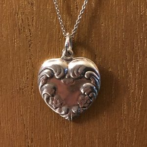 Vintage sterling puff heart necklace